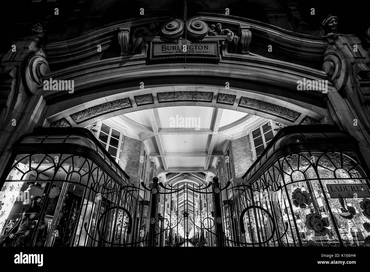 Beautiful Burlington Arcade in London - LONDON / ENGLAND - DECEMBER 6, 2017 - Stock Image