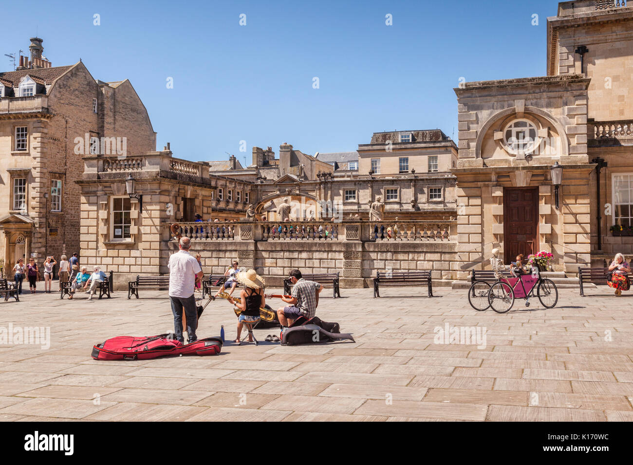 5 July 2017: Bath, Somerset, England, UK - Buskers in Kingston Parade, a small square beside the Roman Baths. - Stock Image