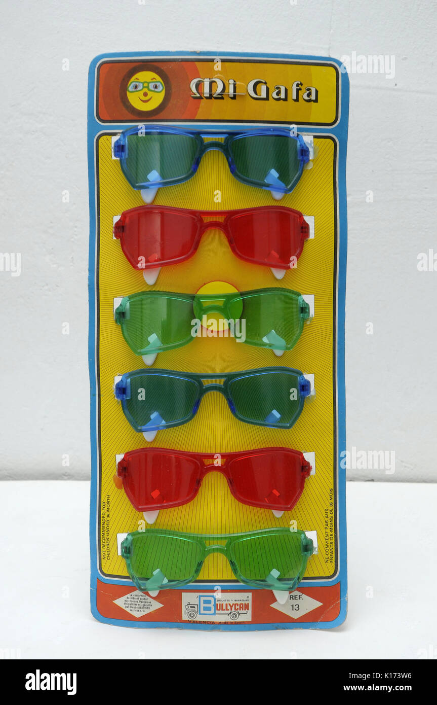 original blister packaging with children sunglasses toys made in Spain from 70's vintage - Stock Image