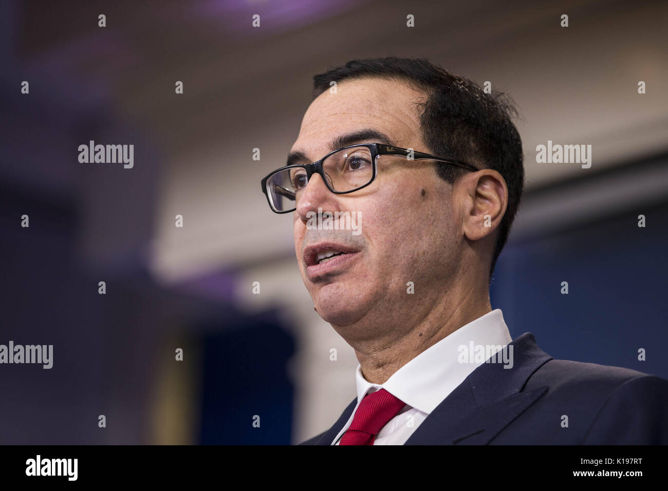 Washington, District of Columbia, USA. 25th Aug, 2017. Secretary of the Treasury STEVEN MNUCHIN answers questions relating to President Trump's new financial sanctions on Venezuela and concerns about the debt ceiling during the White House daily press briefing. Credit: Alex Edelman/ZUMA Wire/Alamy Live News - Stock Image