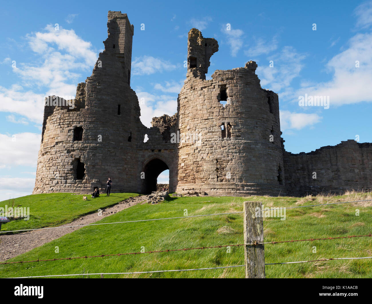 England, Northumberland - Craster on the north sea coast. Dunstanburgh. The Castle. - Stock Image