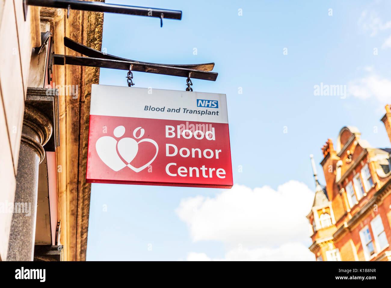 Blood Donor Centre sign, Blood Donor Centre, Blood Donors Centre, Blood Donor Center, donate blood, blood donation, NHS Blood Donor Centre, UK England - Stock Image