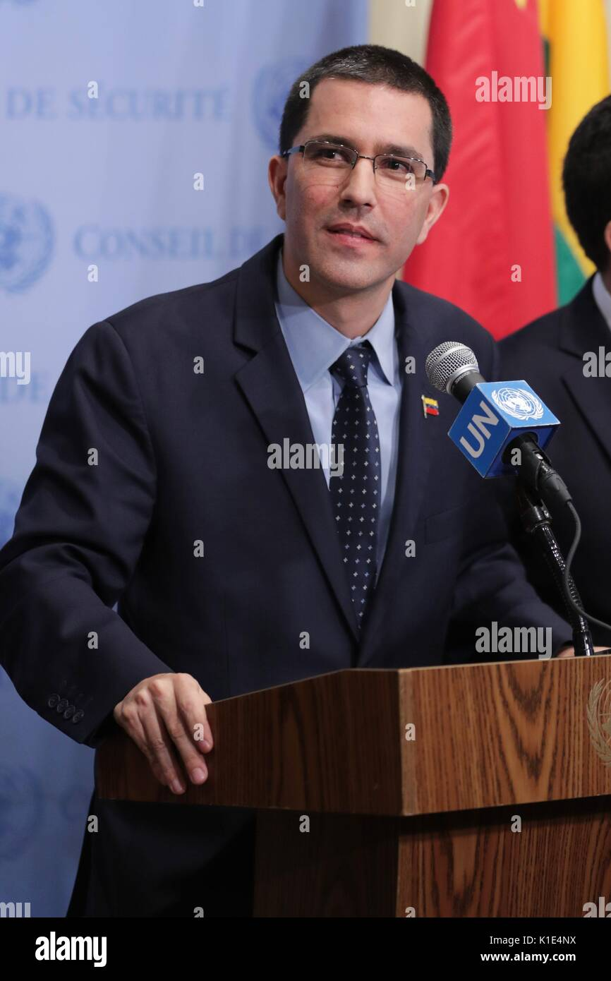 United Nations, New York, USA, August 25 2017 - Jorge Arreaza, Minister for Foreign Affairs of the Bolivarian Republic of Venezuela speaks to journalists today at the UN Headquarters in New York City. Photo: Luiz Rampelotto/EuropaNewswire | usage worldwide - Stock Image