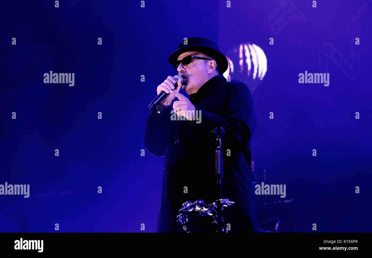 Clarence Esplanade, Southsea, Hampshire, UK August 25, 2017. Victorious Festival Day 1 -  Madness performing  at Stock Photo
