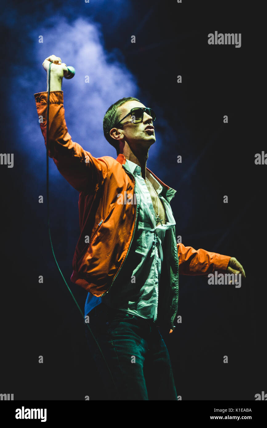 Torino, Italy. 26th Aug, 2017: Richard Ashcroft performing live on stage at the TODays Festival in Torino Credit: Stock Photo