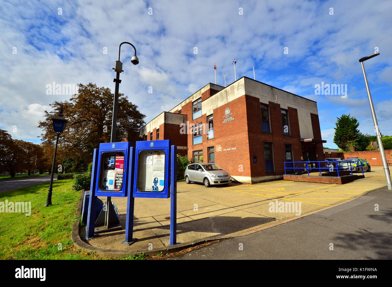 Metropolitan Police, Woodford police station in the High Road Stock Photo