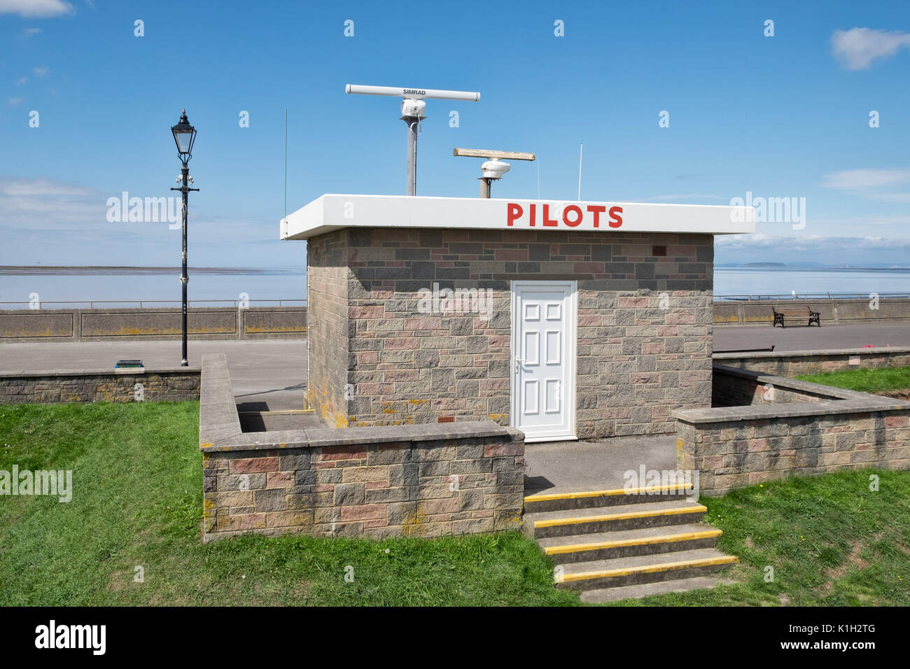 The pilots station above the sea defences overlooking sea at Burnham on Sea - Stock Image