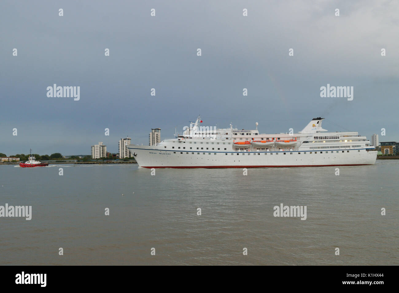 London, UK, 14th August 2017  Cruise Liner Ocean Majesty leaves the river Thames, London, after a port call Stock Photo