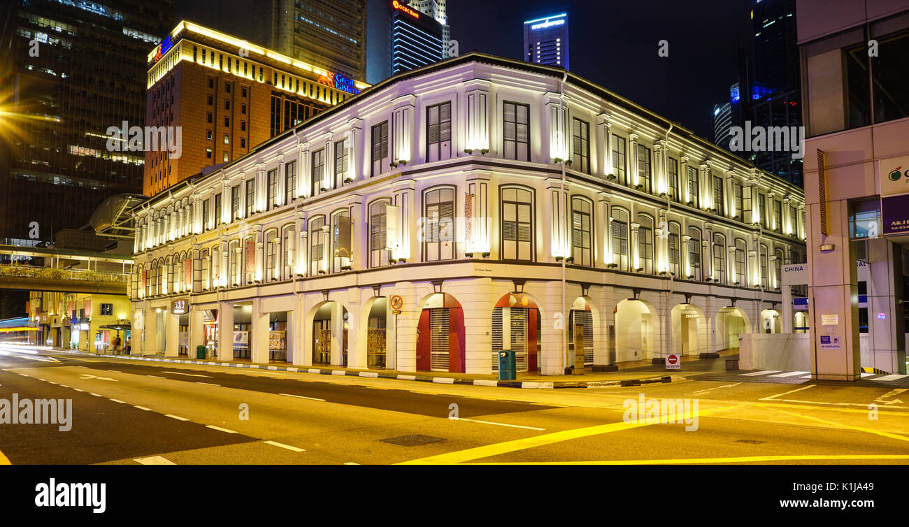 Singapore - Jul 4, 2015. Old buildings at night in Chinatown, Singapore. Chinatown is central with regard to hostel and food for tourist. - Stock Image