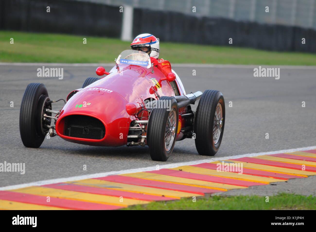 MUGELLO, IT, November, 2008: Unknown run with Historic 1950s Ferrari F1 during Finali Mondiali Ferrari 2008 into the mugello circuit in italy - Stock Image