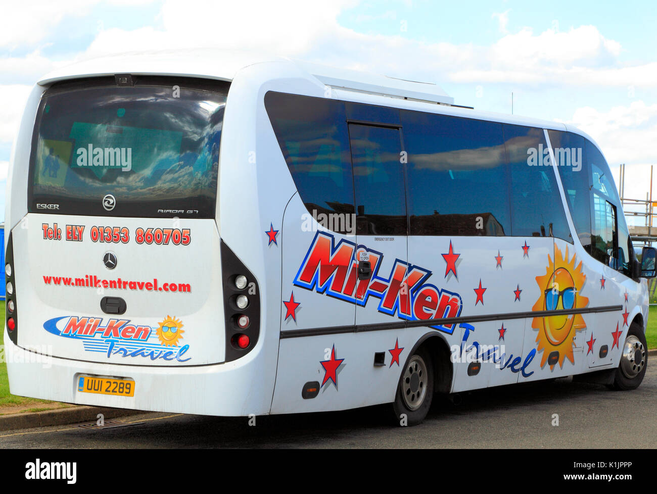 Mil-Ken Travel, mini coach, coaches, day trip, trips, excursion, excursions, travel company, companies, England, UK - Stock Image
