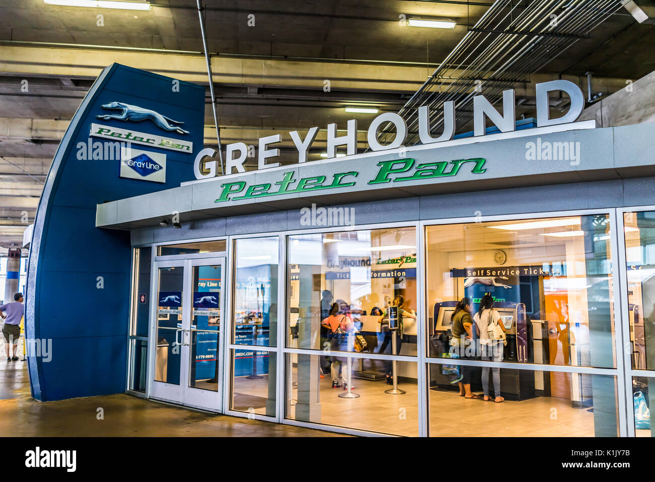 Union Station Bus Terminal Stock Photos & Union Station Bus