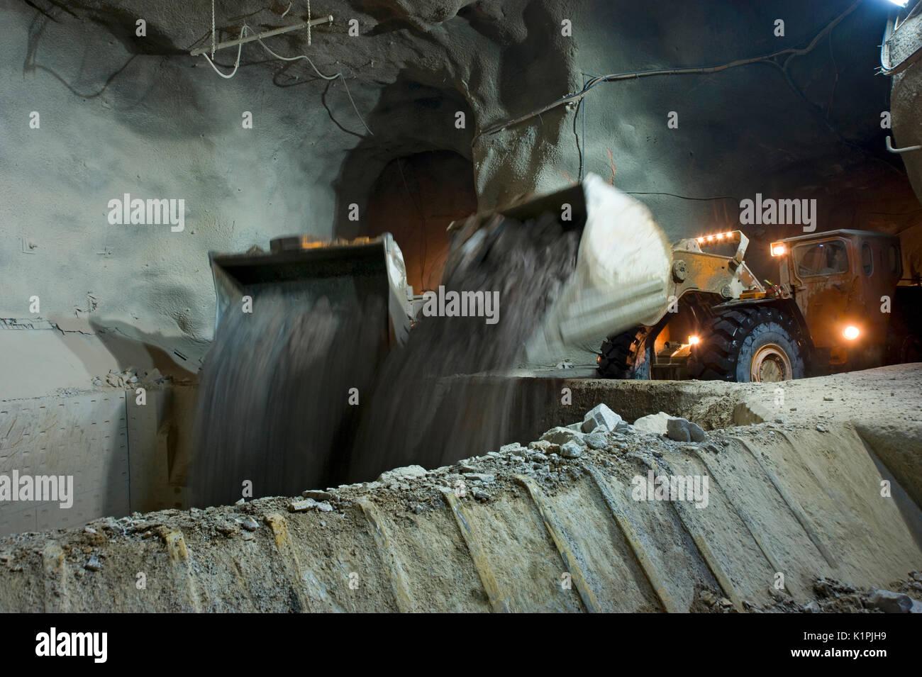 mine loaders under ground - Stock Image