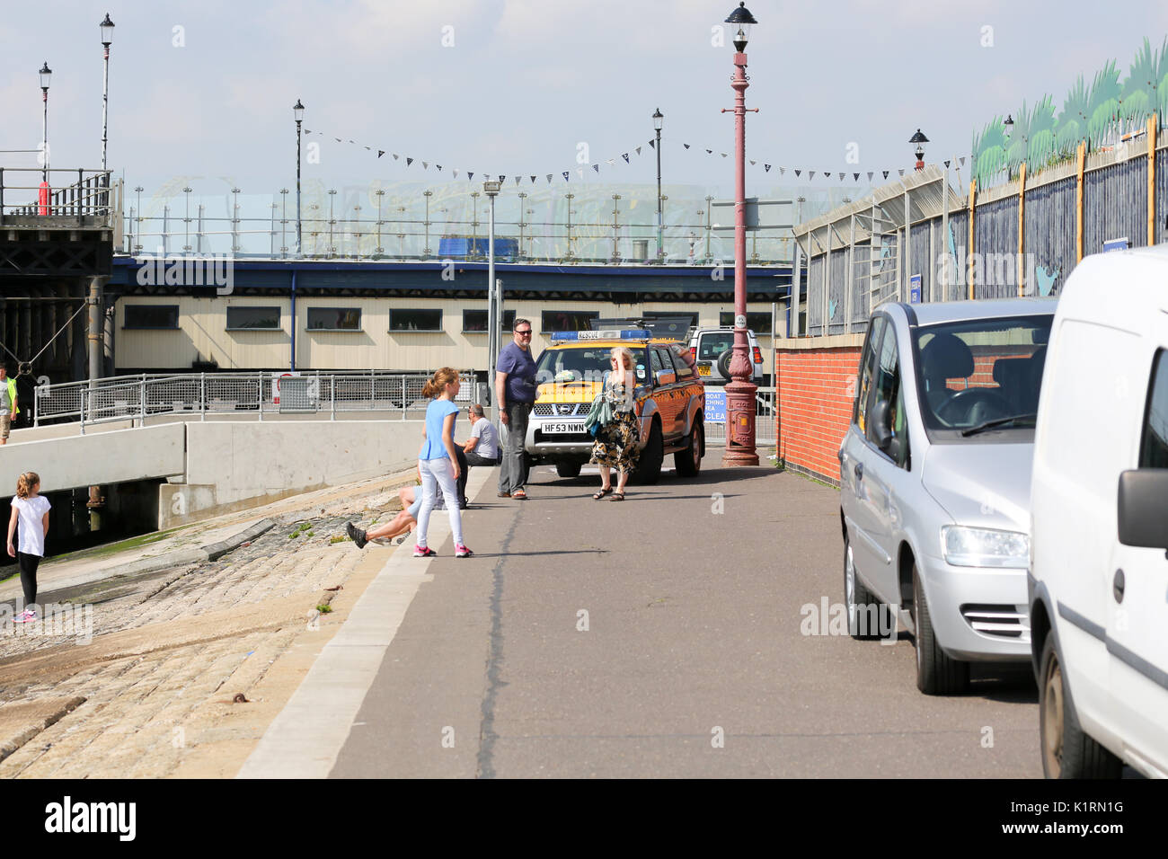 Southend-on-Sea, UK. 27th Aug, 2017. Shortly after 11am local time, Southend pier is evacuated for a suspicious object beneath the pier. HM Coastguard on the scene. Unconfirmed report, object was a concrete block wrapped in silver duct tape. Pier reopens just before 12pm. Credit: Penelope Barritt/Alamy Live News - Stock Image
