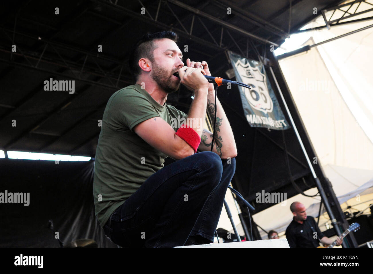 Tim McIlrath Rise Against performing 2008 Vans Warped Tour Coors Amphitheater San Diego. - Stock Image