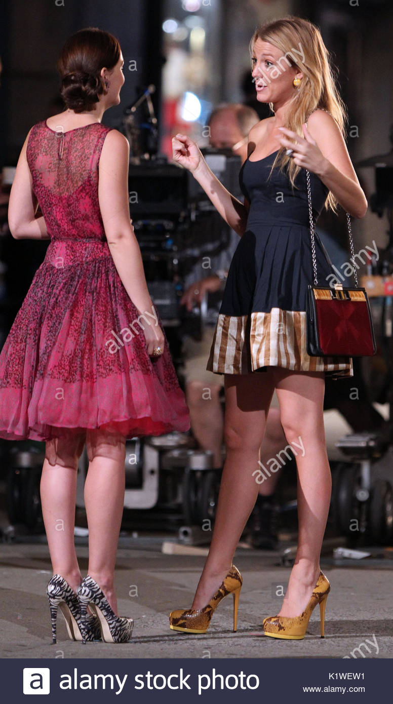 Leighton Meester and Blake Lively. Actress Blakely Lively, wearing a ...