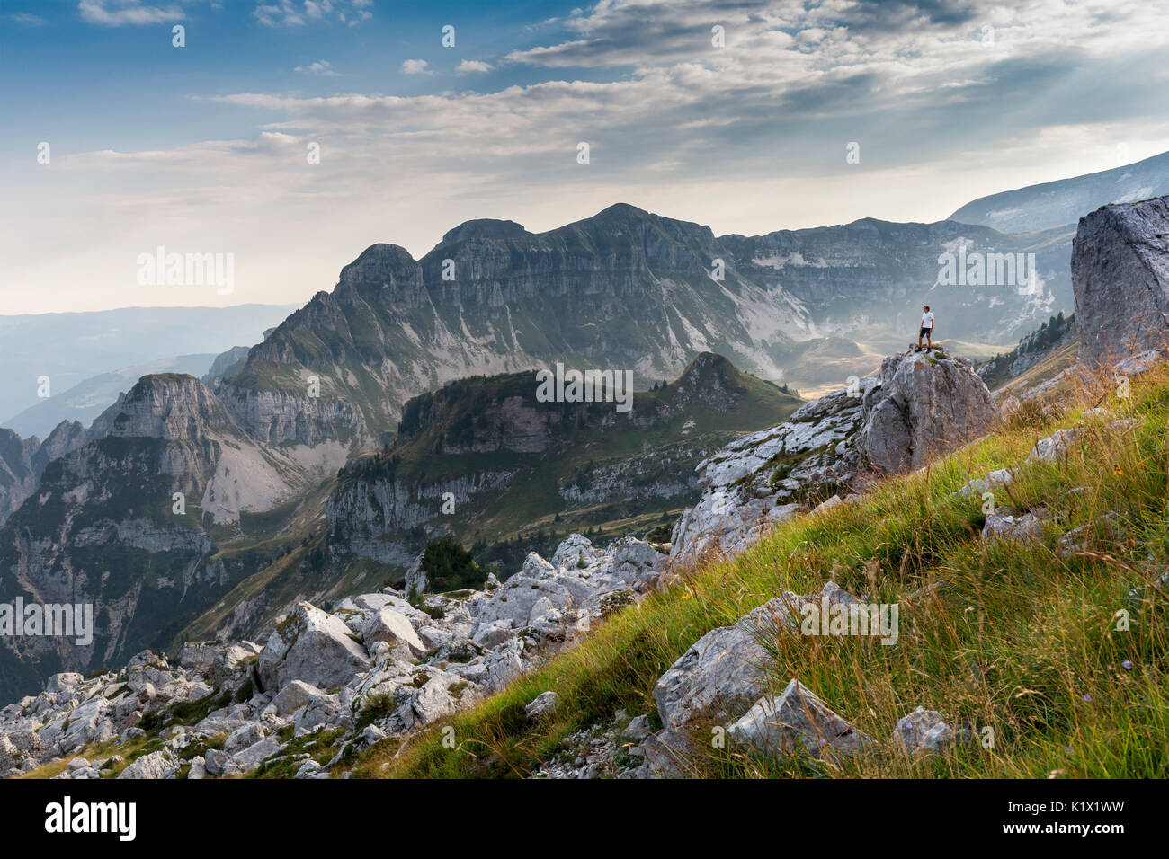 Europe, Italy, Veneto, Belluno. Landscape on the Piazza del Diavolo, Vette Feltrine. Dolomites, Belluno Dolomiti National Park - Stock Image