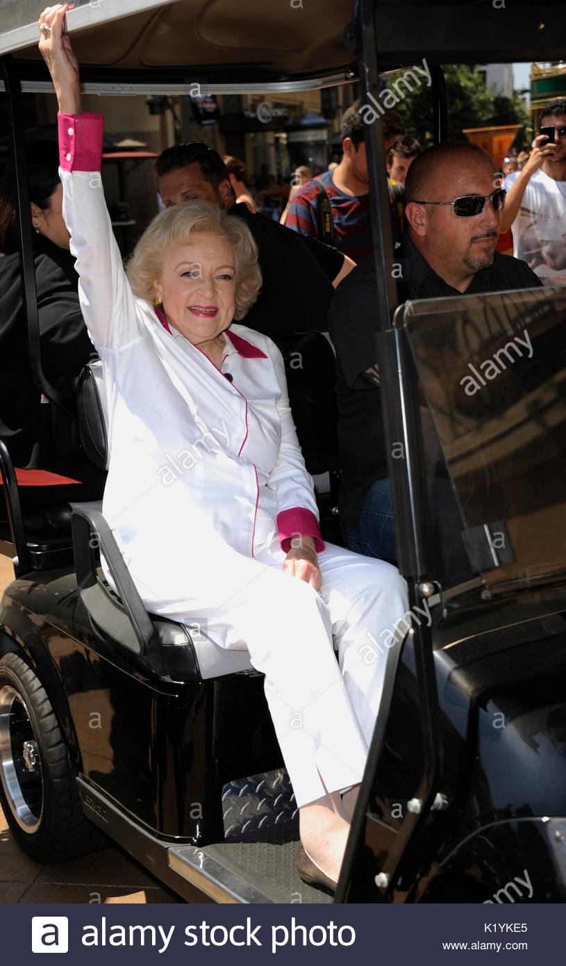 Is a cute Betty White naked (27 foto and video), Sexy, Hot, Twitter, see through 2018