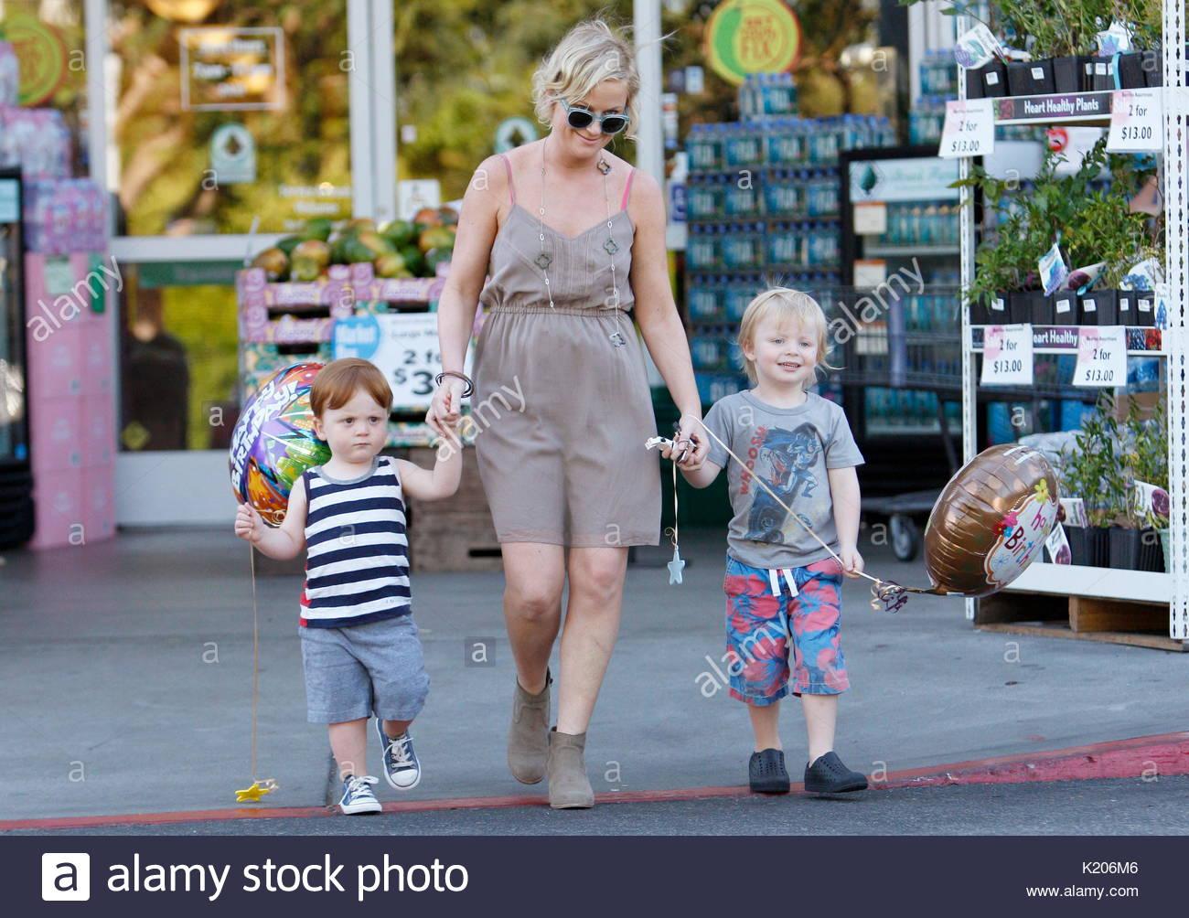 Amy Poehler, Archibald William Emerson Arnett and Abel ...
