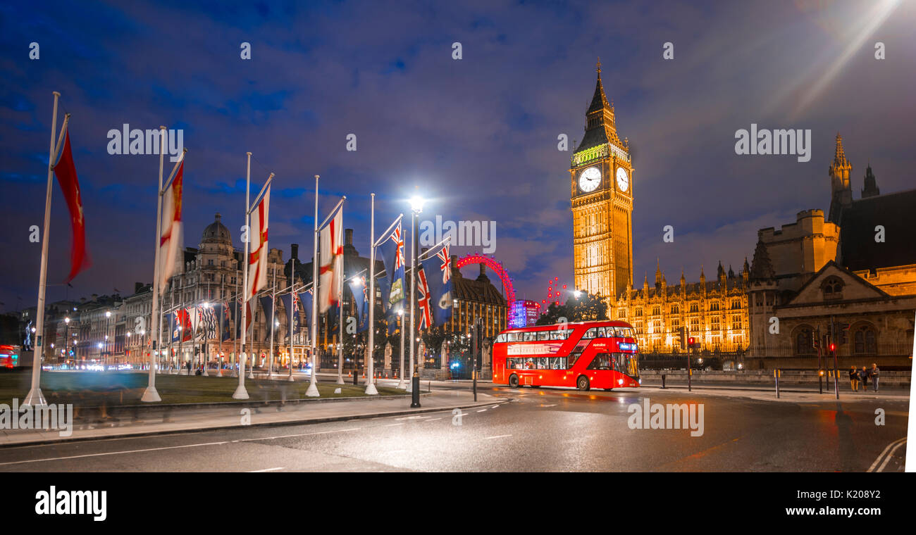Double-deck bus, Westminster Bridge, Palace of Westminster, Houses of Parliament with reflection, Big Ben, City - Stock Image