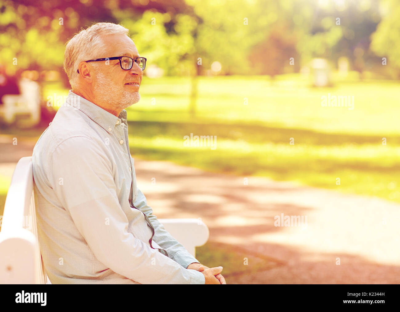 3d7a8d59c8ebc Old Man Bench Stock Photos   Old Man Bench Stock Images - Page 38 ...