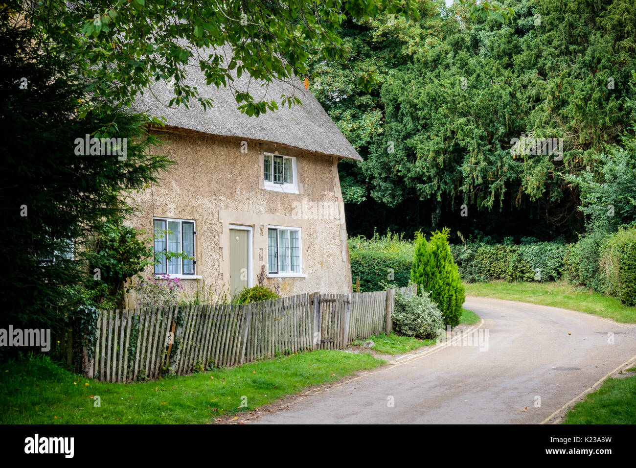 Traditional country cottage near Blickling, Norfolk, UK (taken from the public road) - Stock Image