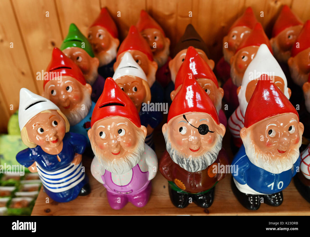 Graefenroda, Germany. 25th Aug, 2017. Garden gnomes, photographed at the garden gnome manufactory in Graefenroda, Stock Photo