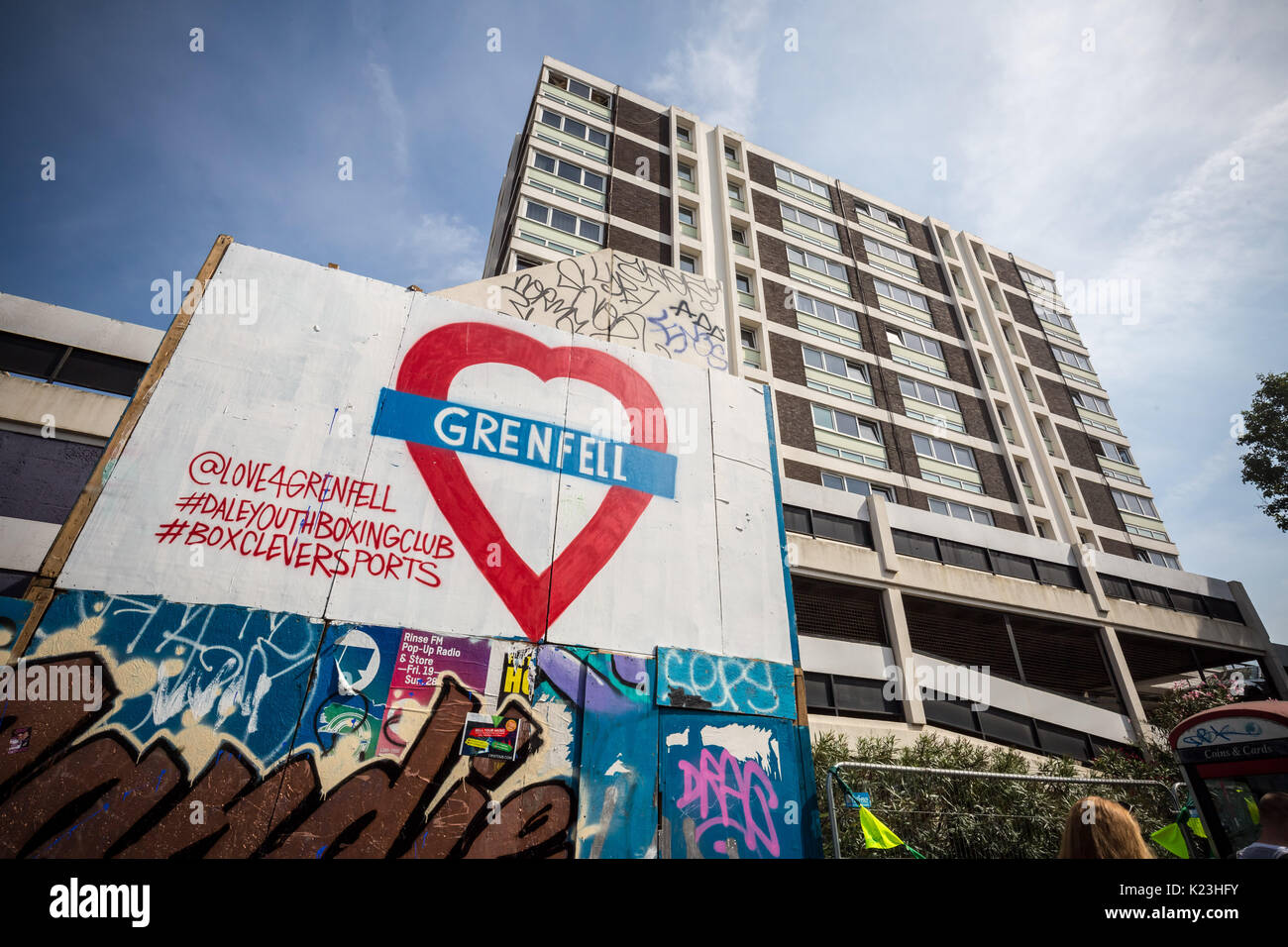 London, UK. 28th Aug, 2017. Grenfell Tower memorial sign seen during Notting Hill Carnival. Credit: Guy Corbishley/Alamy Live News - Stock Image