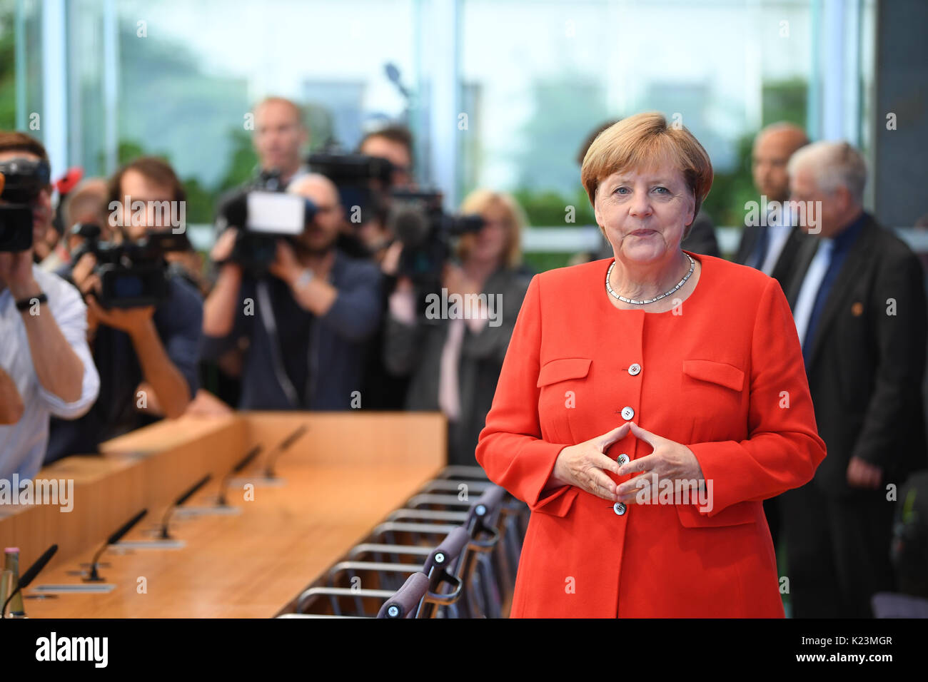 Berlin, Germany. 29th Aug, 2017. German Chancellor Angela Merkel (CDU) arrives at the summer press conference at the federal press confernece ('Bundespressekonferenz') in Berlin, Germany, 29 August 2017. Photo: Bernd von Jutrczenka/dpa/Alamy Live News - Stock Image