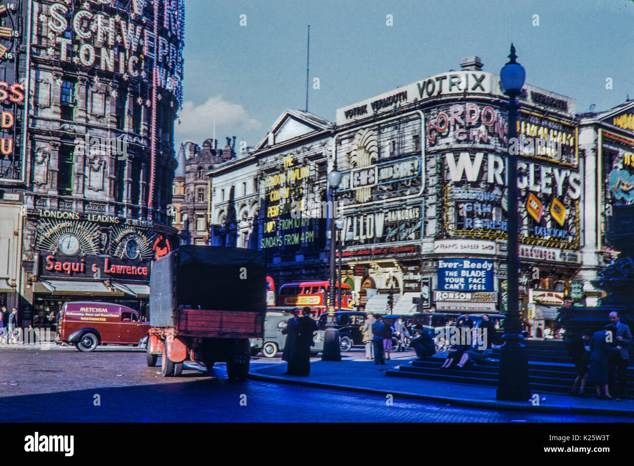 Piccadilly Circus, London 1950s - Stock Image