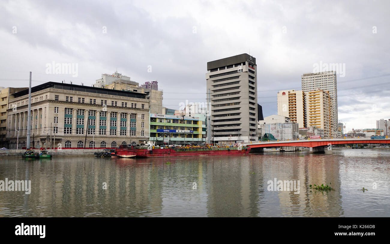 Manila, Philippines - Dec 21, 2015. Cityscape of Manila, Philippines. The Philippine economy is projected to be the 5th largest in Asia and 16th bigge - Stock Image