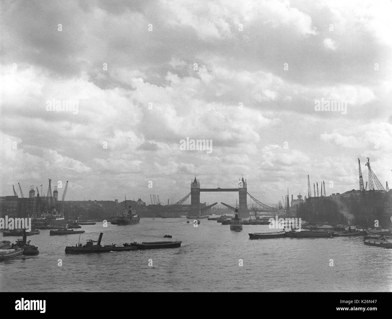 The Pool Of London (photo) Stock Photos & The Pool Of London (photo