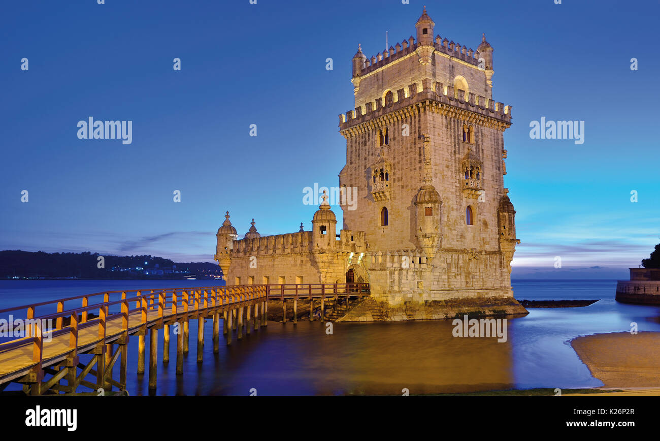 Medieval Belem Tower at night - Stock Image