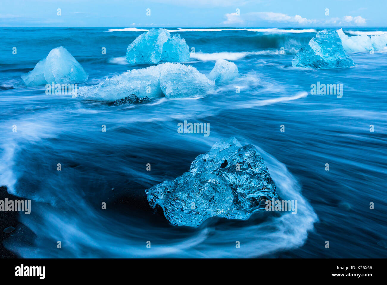 Jökulsárlón is a large glacial lake in southeast Iceland, on the edge of Vatnajökull National Park. Situated at the head of the Breiðamerkurjökull gla - Stock Image
