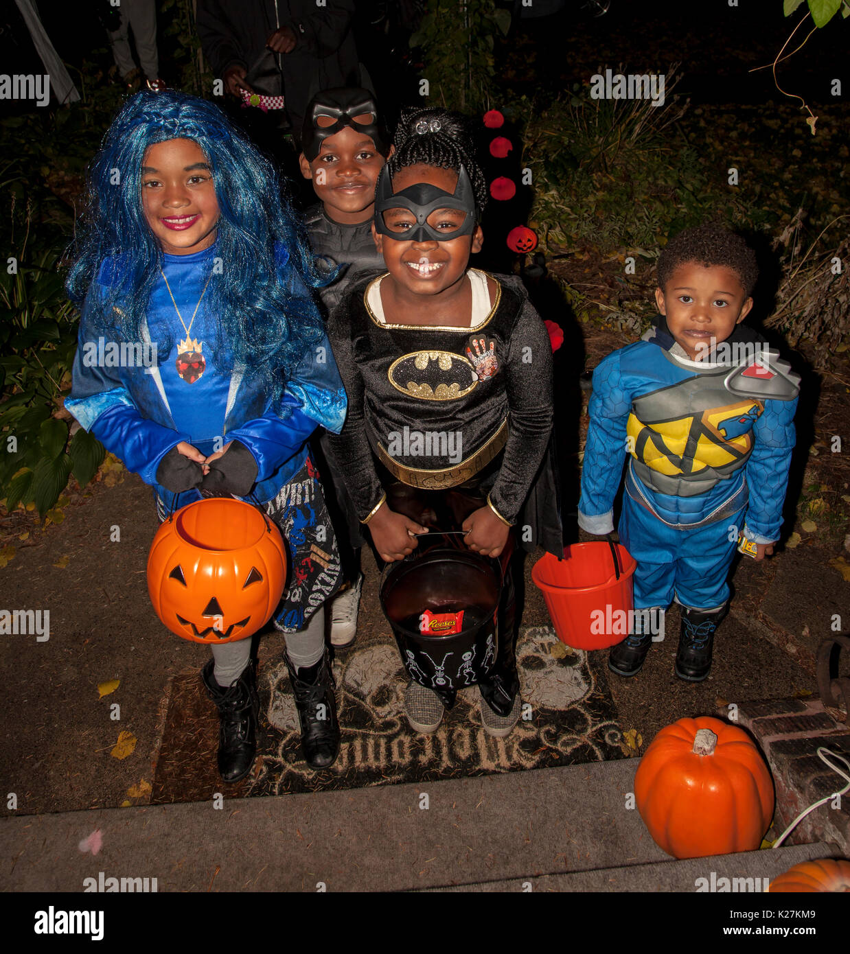 halloween-costumed-as-batman-and-super-heroes-for-trick-and-treating-K27KM9.jpg