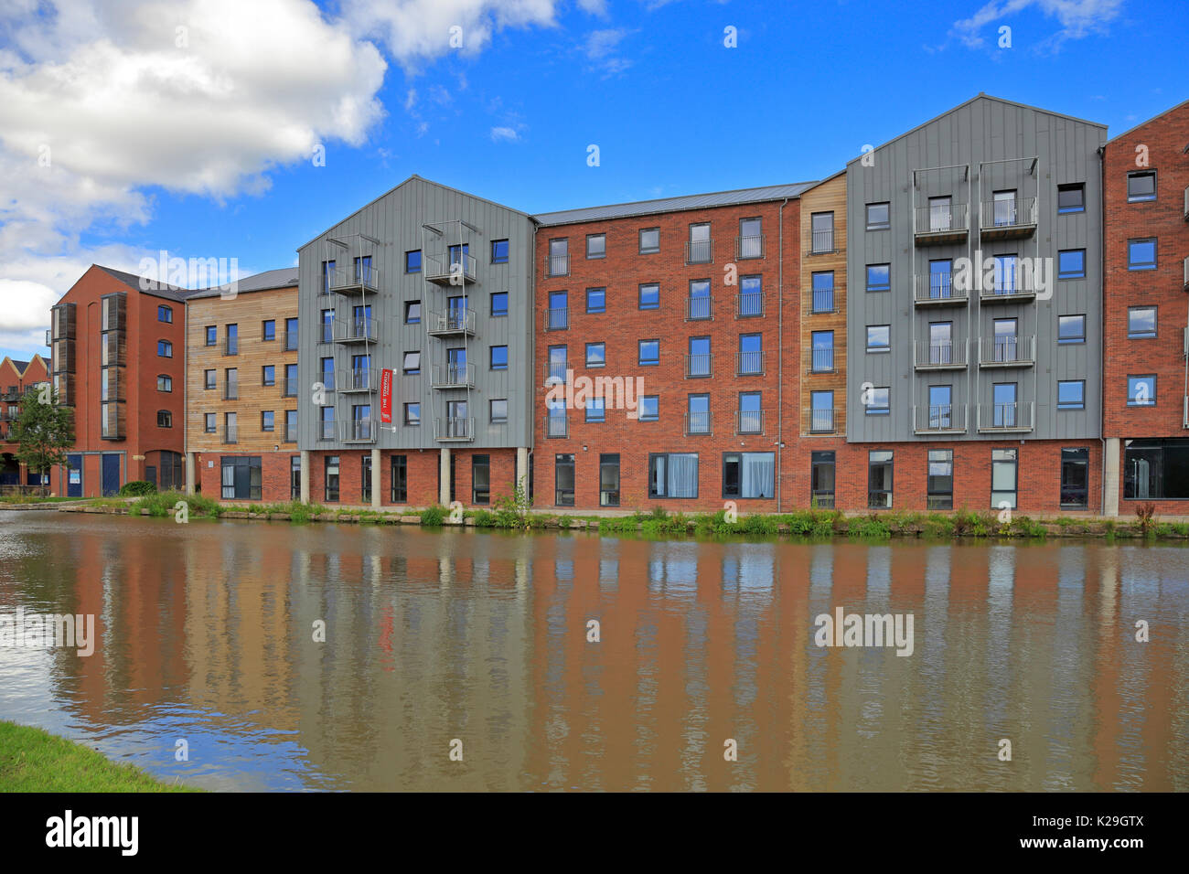 The Towpath student accommodation by the Shropshire Union Canal, Wharf View, Chester, Cheshire, England, UK. - Stock Image