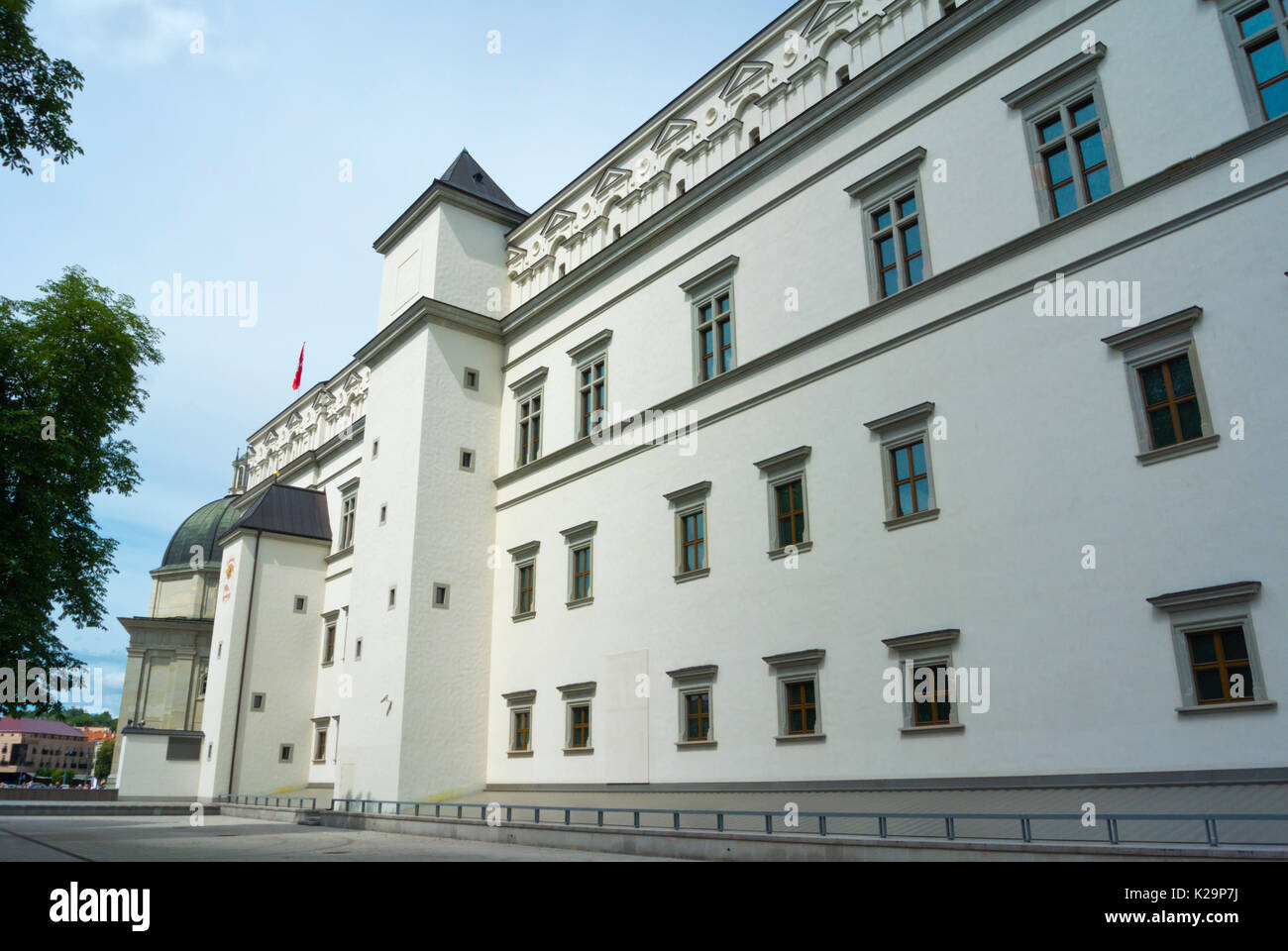 Palace of the Grand Dukes of Lithuania, Katedros aikste, Cathedral Square, Vilnius, Lithuania - Stock Image