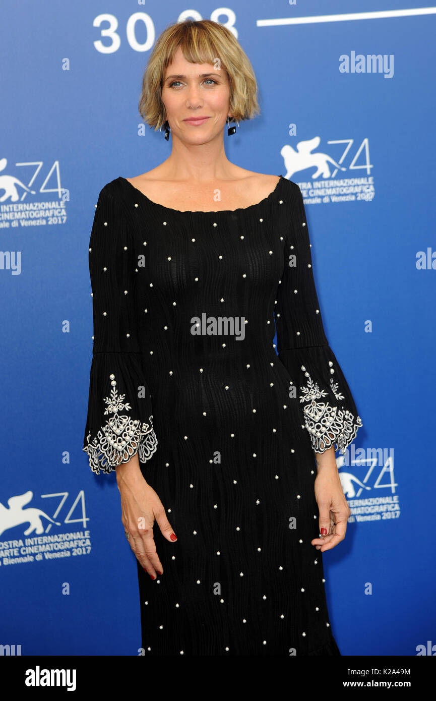Venice, Italy. 30th Aug, 2017. 74th Venice Film Festival, Photocall film 'Downsizing' Pictured: Kristen Wiig Credit: Independent Photo Agency Srl/Alamy Live News - Stock Image