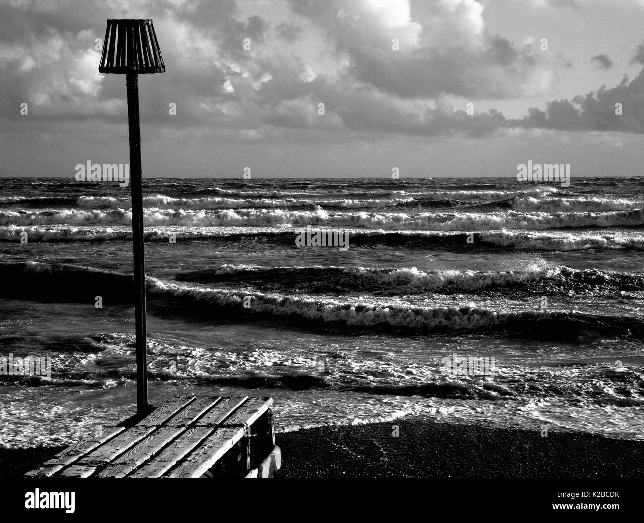 AJAXNETPHOTO. WORTHING, ENGLAND. - STORMY SEAS ON THE SOUTH COAST AFTER AUTUMNAL GALES. PHOTO;JONATHAN EASTLAND/AJAX REF:P78_132810_145 - Stock Image
