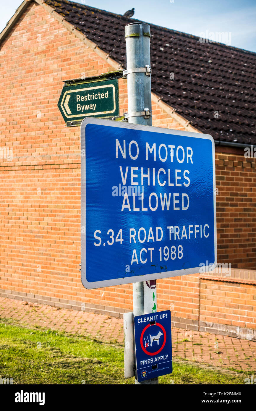 A Restricted Byway notice board in a village. No motor vehicles allowed. Section 34 of the Road Traffic Act 1988. Langtoft, Lincolnshire, England, UK. - Stock Image