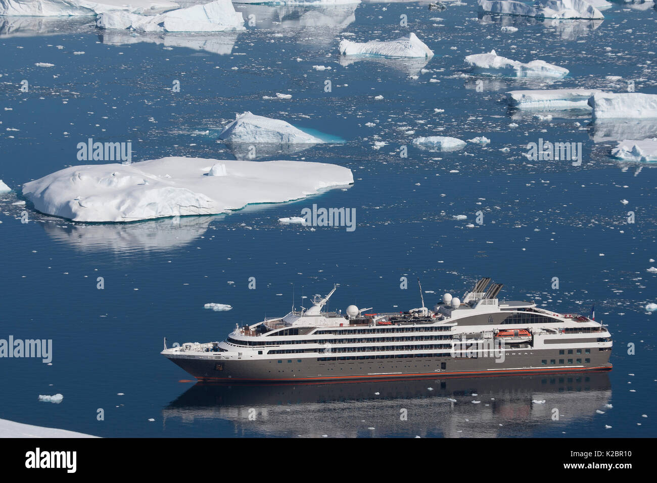 High angle view of  'Le Boreal' passenger vessel, from vantage point at Port Charcot, Booth Island, Antarctic Peninsula. February 2012.  All non-editorial uses must be cleared individually. - Stock Image