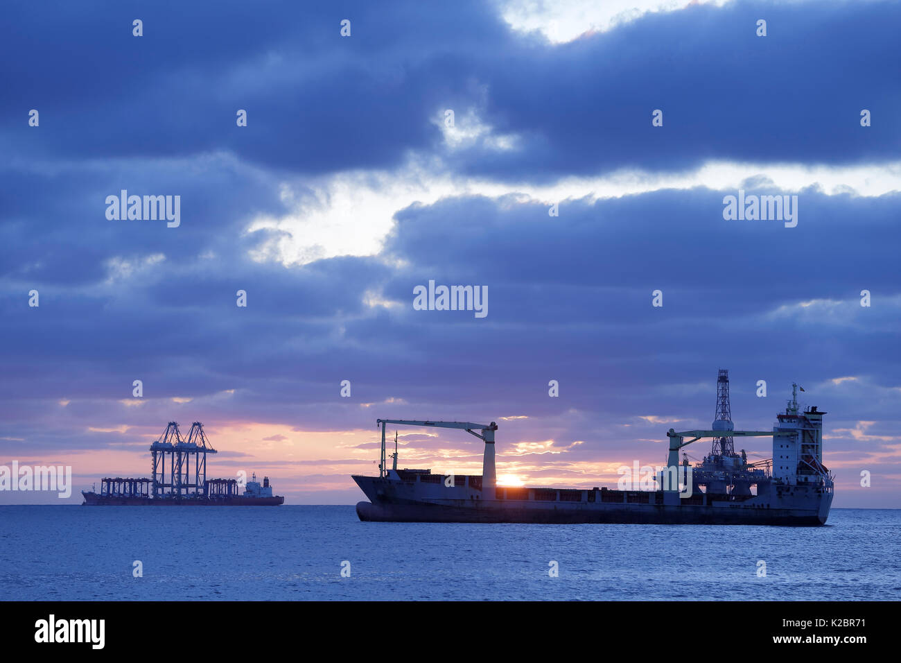 Tankers out at sea off Gran Canaria, Atlantic Ocean. All non-editorial uses must be cleared individually. - Stock Image