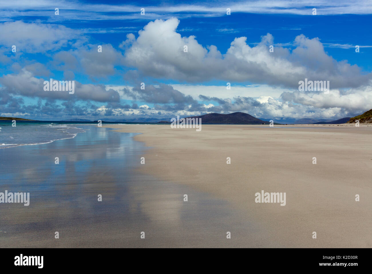 Beach and sea landscape at Traigh Lar, North Uist, Hebrides, Scotland, UK, June. - Stock Image