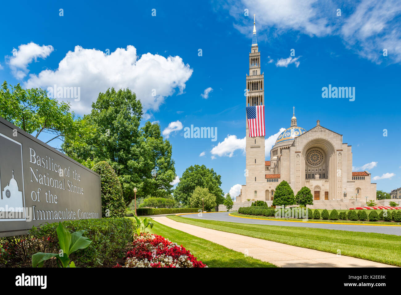 Basilica of the National Shrine of the Immaculate Conception.  The Shrine is the largest Catholic church in North - Stock Image