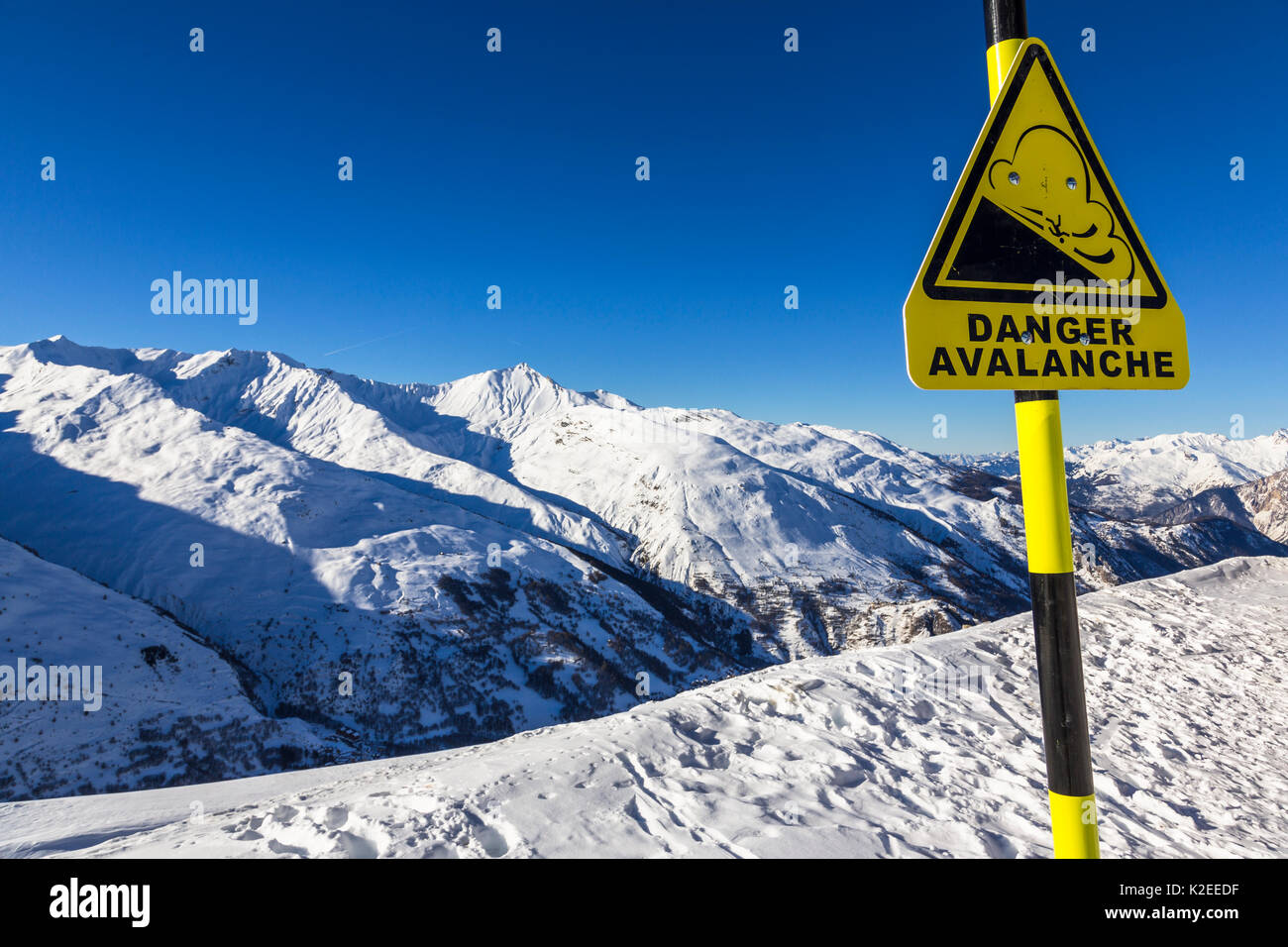 Sign about high risk of avalanches in Valloire Ski Resort, Dept. of Savoie in the French Alps. Maurienne Valley. Savoie. France. - Stock Image