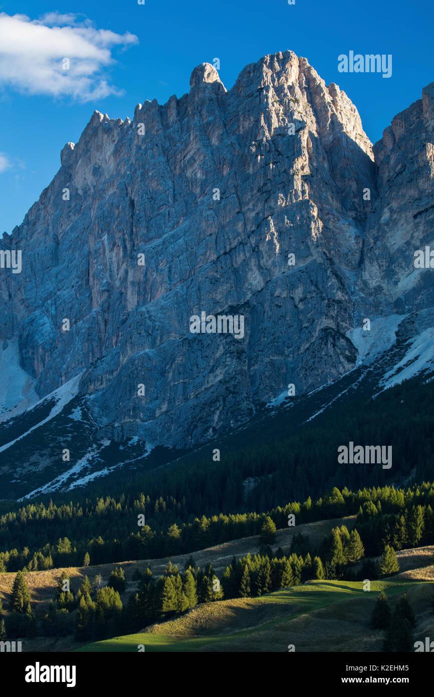 Cristallo and the Dolomite Mountains, Belluno Province, Veneto, Italy. September 2015. - Stock Image