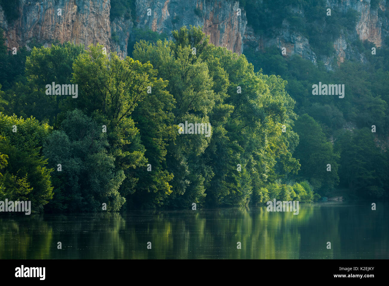 River Lot at Vers, Quercy, France, July 2015. - Stock Image