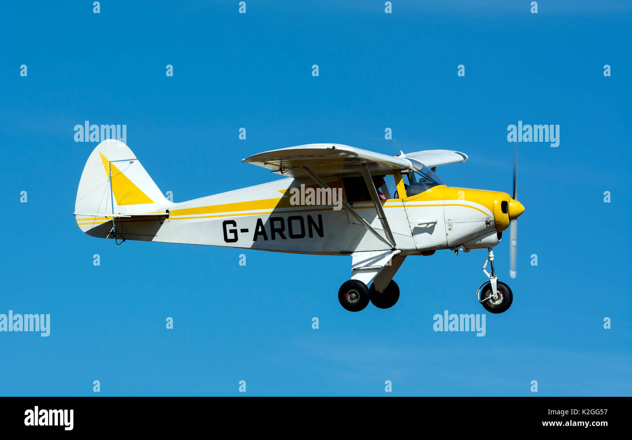 Pa 22 Plane Aeroplane Airplane Stock Photos & Pa 22 Plane Aeroplane