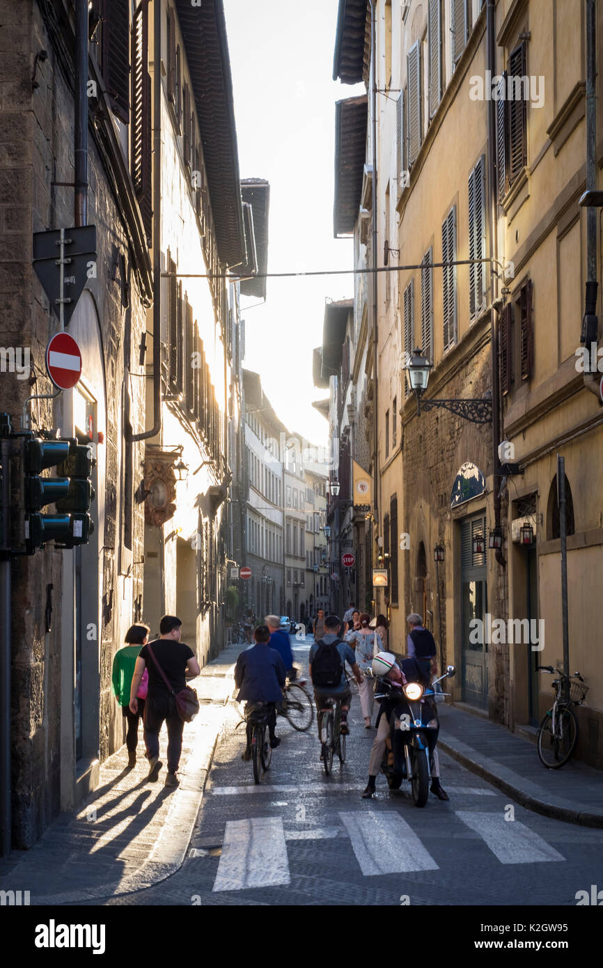 Busy street in Oltrarno, Florence, Italy - Stock Image