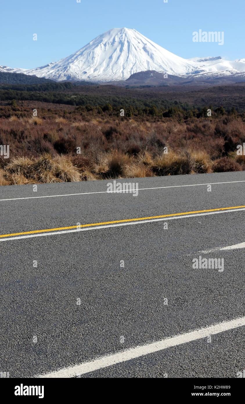 desert road Tongariro New Zealand - Stock Image